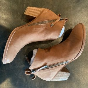 New in Box Dolce Vita booties